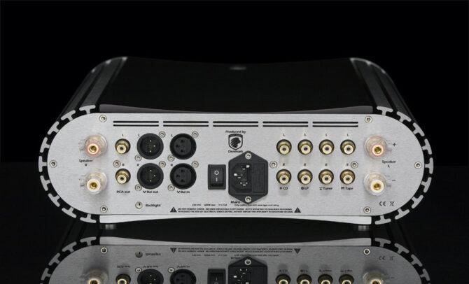 Gato_AMP-150_hinten